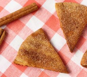 homemade-cinnamon-sugar-pita-chips-1