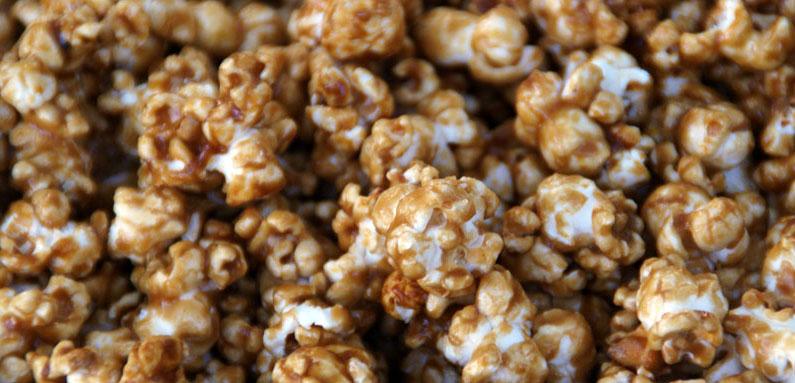 Grandma's Baked Caramel Corn Recipe