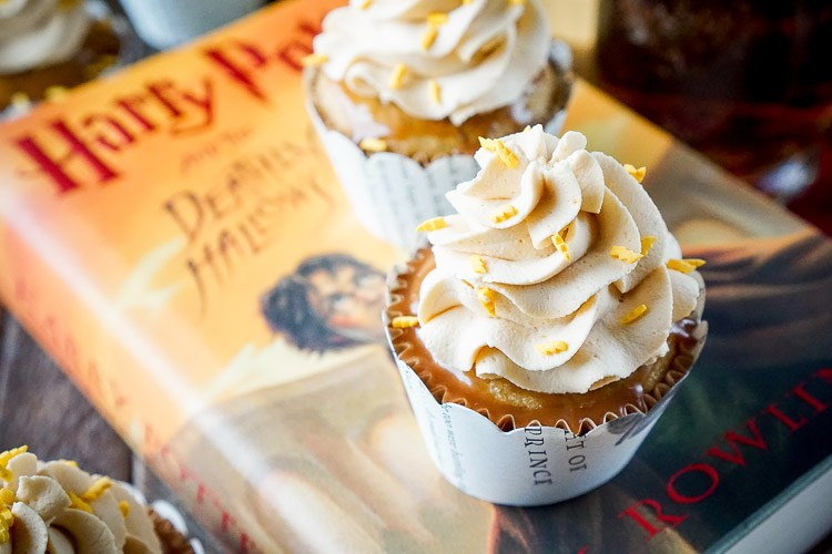 Cupcakes Inspired By Harry Potter's Butter Beer